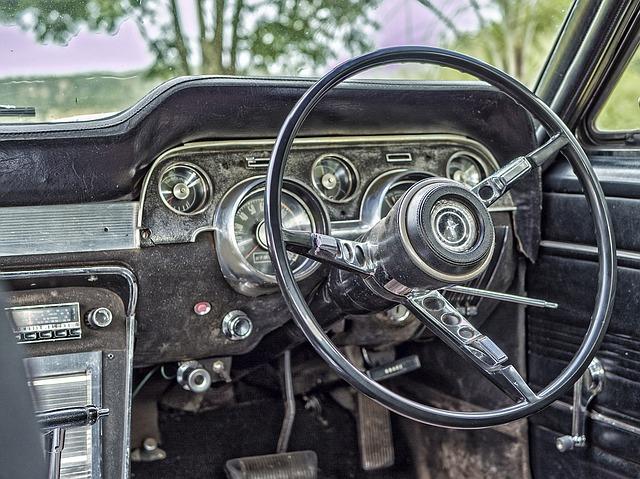 palubní deska starého vozu